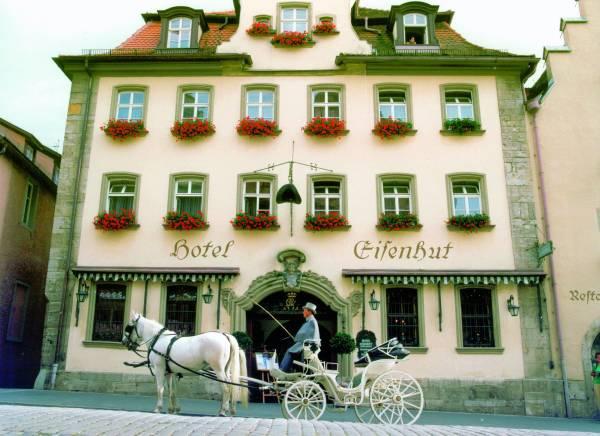 Il Palazzo Medievale che ospita l´Hotel Eisenhut