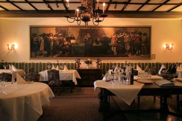 La suggestiva sala da pranzo dell´Hotel Eisenhut