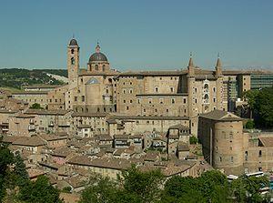 Urbino, il Palazzo Ducale e la Cattedrale.